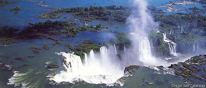 滝 イグアス の