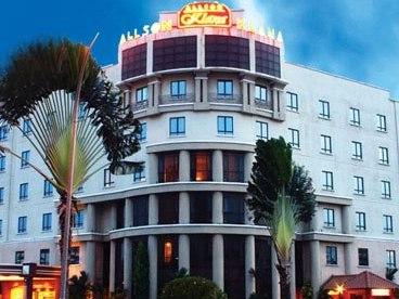 オールソン ホテル プトラ ニライ